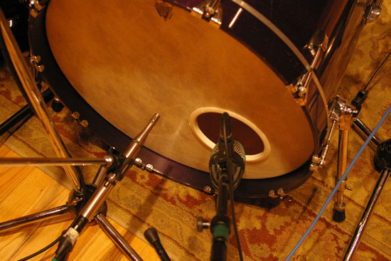 Second Kick Drum: AKG D112 and Earthworks SR25
